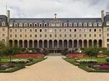 2019年法国里昂商学院-北京邮电大学EMBA(北京班)